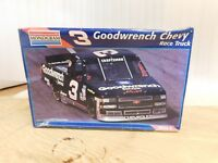 1996 MIKE SKINNER 3 GOODWRENCH CHEVY RACE TRUCK 1 24TH MODEL KIT