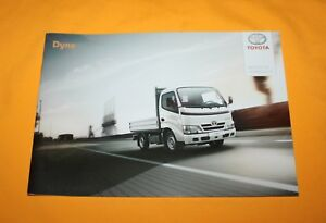 Toyota Dyna 2013 Deutschland (!) Prospekt Brochure Catalog Folder Broschyr