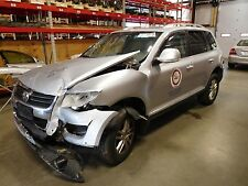 AUTOMATIC TRANSMISSION OUT OF A 2010 VOLKSWAGEN TOUAREG 3.6L WITH 86,406 MILES