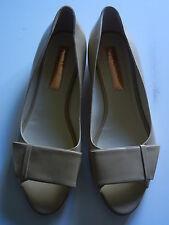 RUPERT SANDERSON Peep Toe Flat Beige Patent NWOB  Sz: 40.5