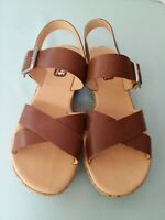 Korks Korkease Sandals Women's Size 10 Brown Medium Heel Ankle Strap Sandal NWOT