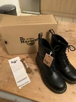 New Doc Dr Martens DM 1460 Black Leather  Smooth 8 Eye Boots 5 38 Spare Laces