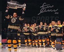 Zdeno Chara Boston Bruins Signed Raising Stanley Cup Banner Night 16x20