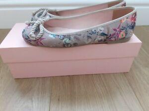 Pretty Ballerinas Floral Ballet Pumps / Shoes Size EU 37