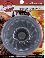"""Wilton Mini Fluted Tube Pans 2/Pkg-Round 4.4""""X1.9"""""""