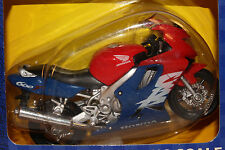 2000 MAISTO  1/18 SCALE HONDA CBR 600F MOTORCYCLE, BOXED