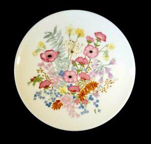 Beautiful Wedgwood Meadow Sweet Dinner Plate