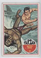 1966 Philadelphia Tarzan #18 Watery Grave Non-Sports Card 0s4