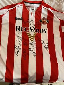 Signed Sunderland Home Shirt In Near Immaculate Condition