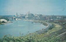 0799. colour-AK. ST. PAUL, MINN. SKYLINE, overlooking the Mississippi River. ugl