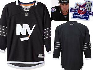 REEBOK NHL $80 Hockey Jersey Sweater New York Islanders 2015 Black YOUTH S/M #3