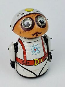 1969 Marx Moon Man Space Astronaut Wind-Up Tin litho Works 'near' perfect