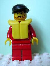 LEGO Minifig div007 @@ Divers - Control 1, Red Legs, Black Cap, Life Jacket 6560