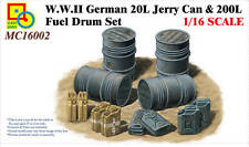 Classy Hobby MC16002 1/16 WWII German 20L Jerry Can & 200L Fuel Drum Set