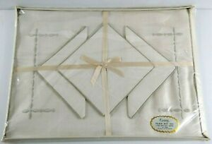 Vintage Victory Linen Placemat & Napkin Set NOS New 8 Pieces Silver Embroidered