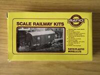 "Ratio Ref no 565 ""GWR 12 Ton Box Van"" OO gauge"