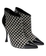 ALEXANDER McQUEEN HOUNDSTOOTH ANKLE BOOTS SIZE 10.5 RUNWAY FASHION NEW