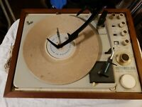 KLH, Model Twenty 20 FM Stereo Receiver w/ Garrard Turntable 1967