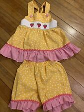 Classic Whimsey Girls Yellow Pink Short Set Spring/Summer Size 4T Strawberry