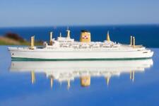 CANADIAN PACIFIC EMPRESS OF CANADA BASSETT LOWKE STYLE WATERLINE MODEL SHIP