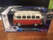 "Maisto Special Edition 1/25 Scale Volkswagen Van ""Samba"" - Boxed"