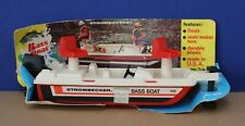 """Strombecker/ Tootsietoy 5030 10"""" Poly Plastic Bass Boat 1979 Boxed 1/25"""