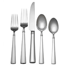 Flatware Set Reed Barton Perspective 65 Piece Stainless Steel Highly Polished