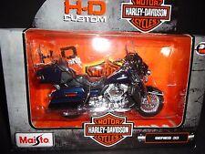 Maisto Harley Davidson FLHTK Electra Glide Ultra Limited 2013 Navy Blue S33 1/18