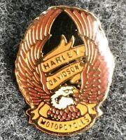 Vintage 1984 Official Harley Davidson Motorcycles Hat Pin Back Eagle Badge Q