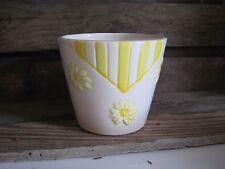 Übertopf Blumentopf Frühling Sommer Deko gelb Blumenübertopf modern 10 11 cm