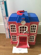 Fisher Price Sweet Streets Loving Family School Playset
