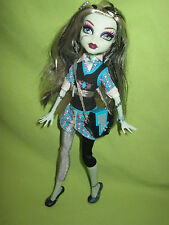 Monster High Doll 2011 HTF School's Out FRANKIE STEIN in Outfit w/ Shoes & Purse