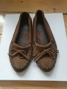 Minnetonka Brown Moccasins Size 6-7 39-40