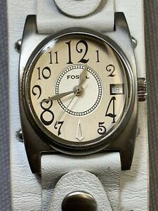 Fossil Womens 26mm Quartz Watch  JR-9325 White Leather Strap band
