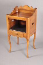 Table à encas noyer XVIIIe siècle dans le goût de Hache