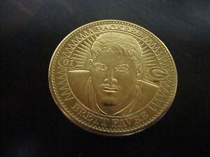 1997 Pinnacle Mint Football---Brett Favre Coin---Gold Plate---NrMt---XHTF