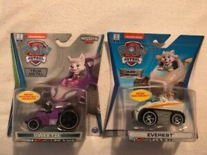 Nickelodeon Paw Patrol Mission Paw Sweetie/Everest Snowmobile Metal Cars (NEW)