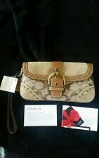 ONE COACH FS3465 WRISTLET or can be used as  WALLET NEW WITH TAGS