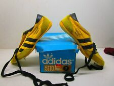VNTG new Adidas Apollo Track & Field Trainers Vintage Size 7 Made In Taiwan
