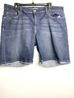 Levi Strauss Co. Women's Modern Bermuda Jean Shorts Dark Wash Denim Sz 18 W34