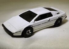 Hot Wheels Lotus Esprit S1 Diecast Car Mattel 2014 Malaysia - Free Shipping Usa
