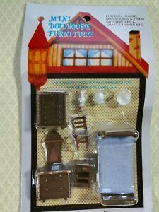 "Dollhouse Miniature 1/4"" Quarter Scale Bedroom Set Bed Dresser Chair 1:48"