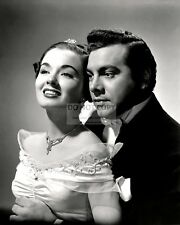"""MARIO LANZA AND ANN BLYTH IN """"THE GREAT CARUSO"""" - 8X10 PUBLICITY PHOTO (EE-007)"""