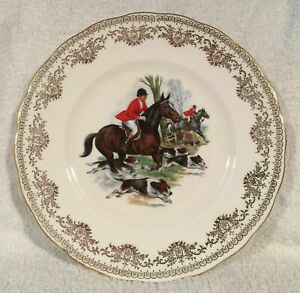 """Vintage Gainsborough Bone China Collectors Hunting Plate Horses & Hounds 10.5"""""""