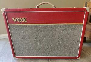 Vox AC15C1-V-RD Red Limited Edition 15watt Custom Combo Amp