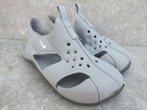 Nike Sunray Protect 2 Grey Sandals Trainers  Size UK 8.5 Kids EU 26