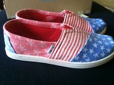 Toms Classic Slip-On Stars and Stripes Youth Size 2.5. Nib