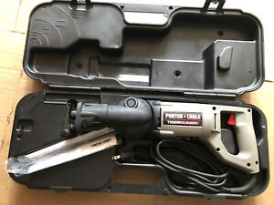 Porter Cable Model 740 Tiger Claw Variable Angle Tiger Saw with case