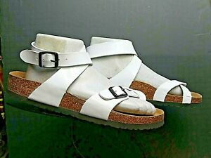Women's Yara White Patent Leather Birko-Flor Sz. 39/8N NWOB