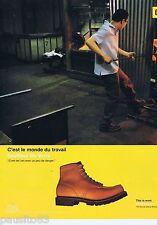 PUBLICITE ADVERTISING 115 2001 Cat chaussures de travail souffleur de verre